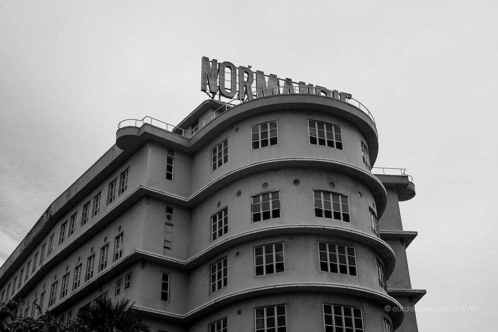 Normandie Homeless Hotel