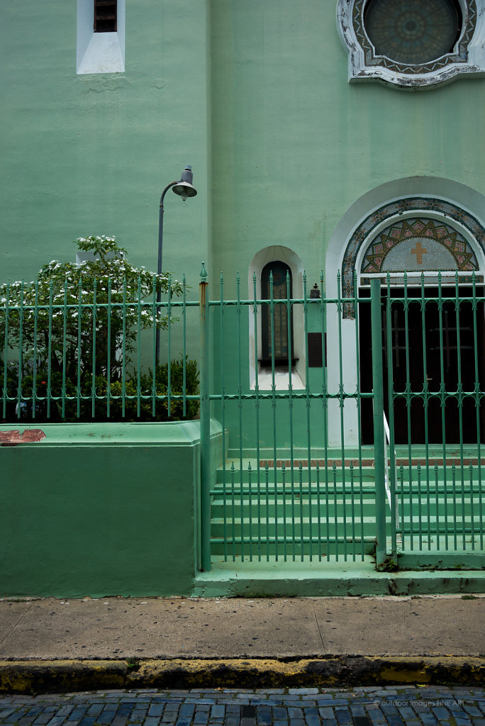 Sea Green Church